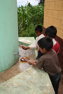 Water access and hand-washing programs in Guatemala help to reduce the transmission of diseases such as soil-transmitted helminths and trachoma. Credit: Stephanie Ogden