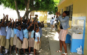 A hygiene class in the DR led by teacher Yesenia Duval. Credit: World Water Relief